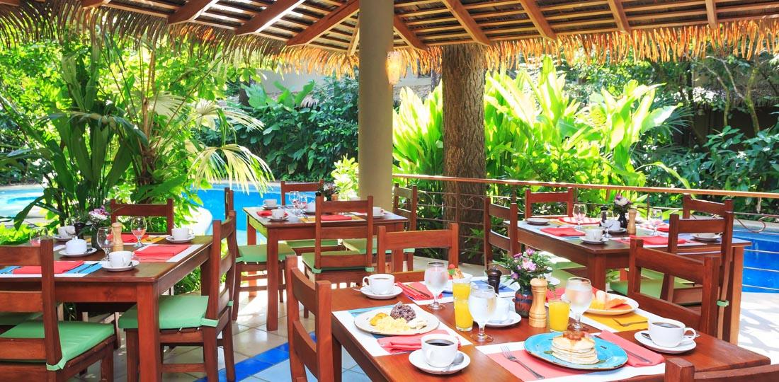 Travel-2020-central-america-costa-rice-pure-vida-El_Manglar_Restaurant_Olas_Verdes_Hotel