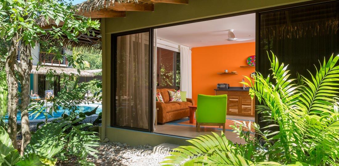 Travel-2020-central-america-costa-rice-pure-vida-olas_verdes_hotel_garden_suite