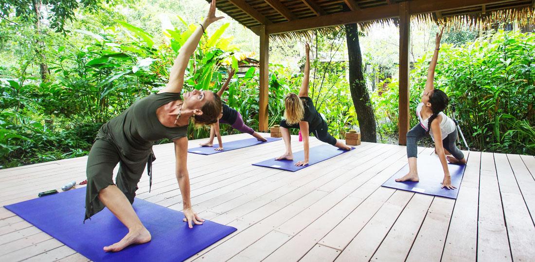 Travel-2020-central-america-costa-rice-pure-vida-olas_verdes_hotel_yoga