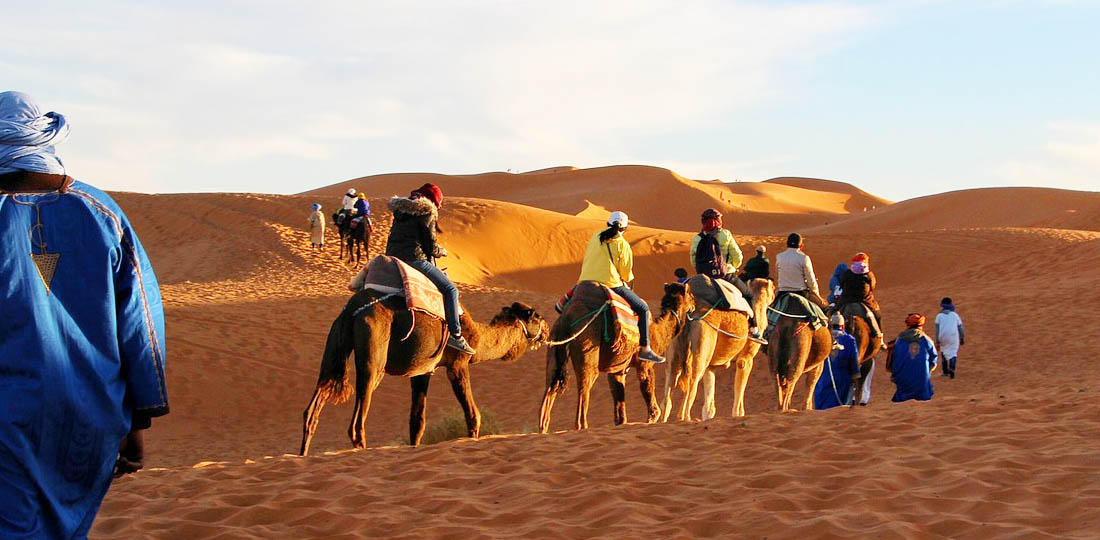 Travel-2020-africa-moroco-mystical-camel-ride-pixabay