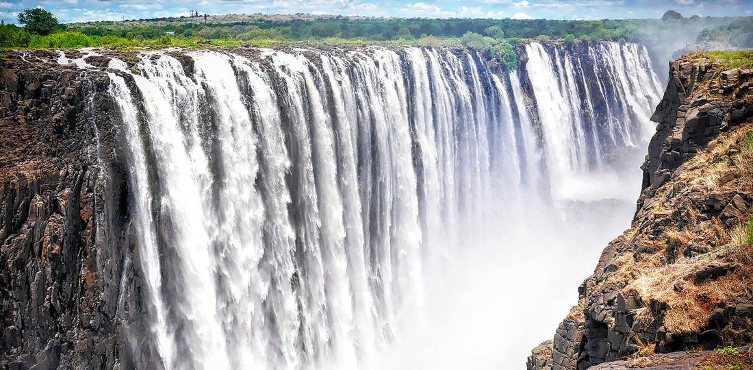 Travel-2020-africa-south-africa-victoria-falls-pixabay