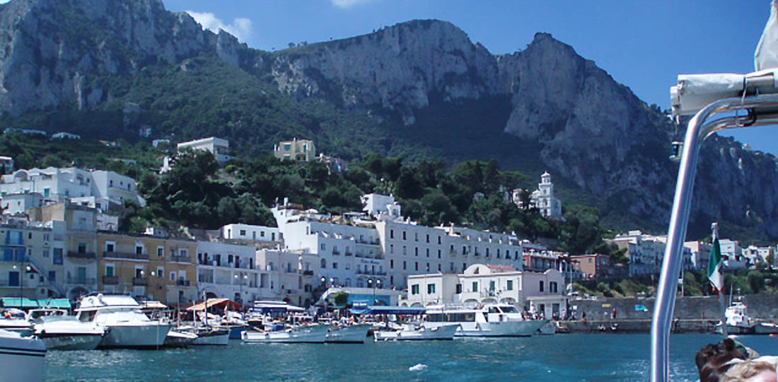 Travel-2020-europe-italy-odyssey-capri-coast
