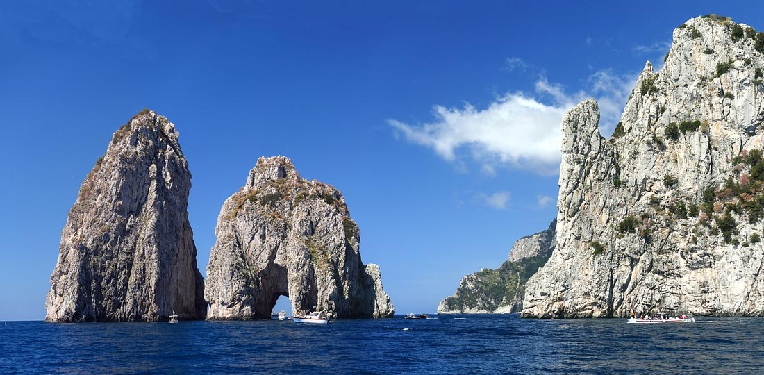 Travel-2020-europe-italy-odyssey-capri-faraglioni-rock