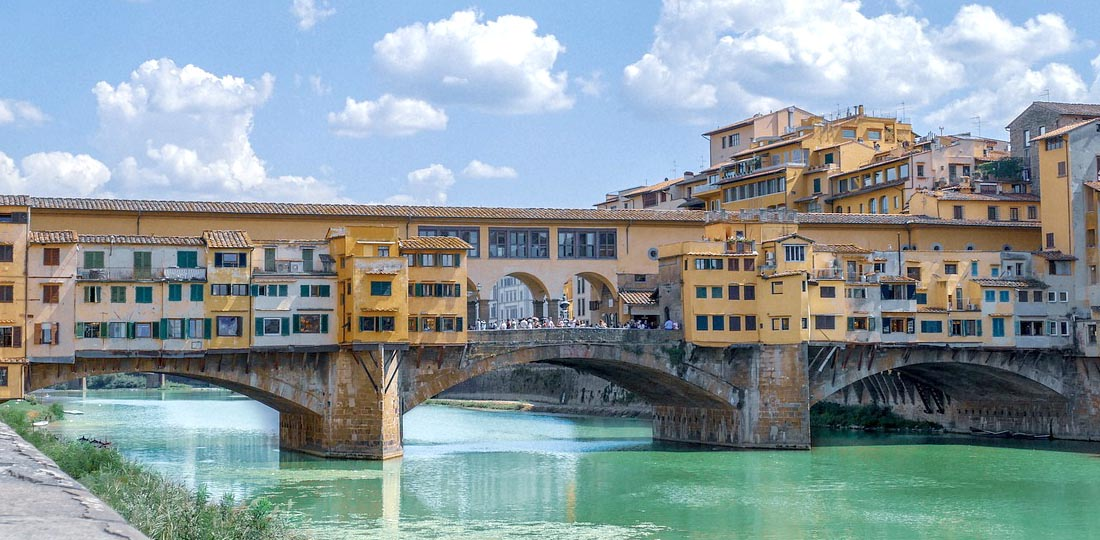 Travel-2020-europe-italy-odyssey-florence-bridge