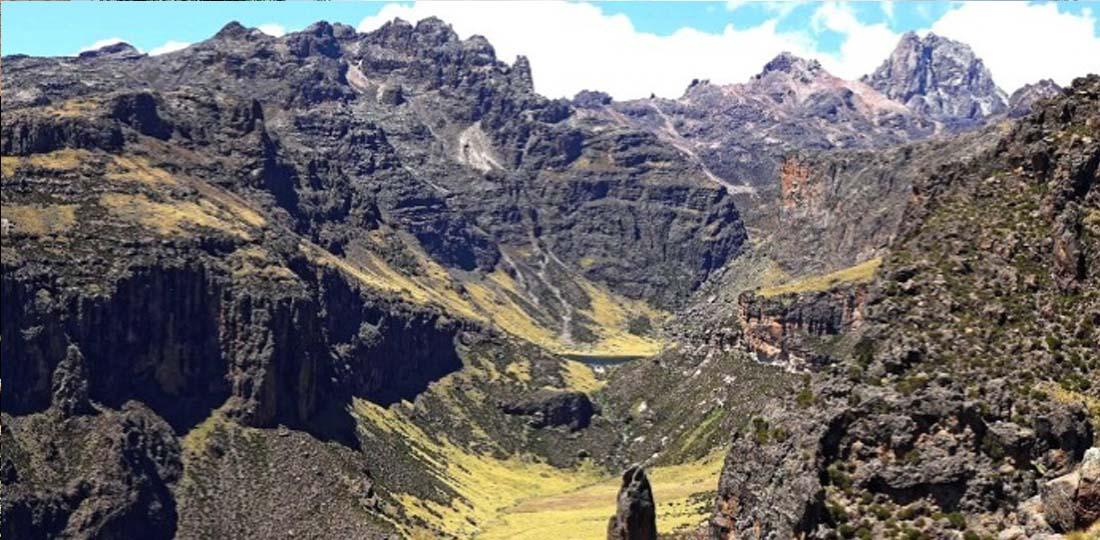 Travel-2020-africa-kenya-tanzania-safari-GALLERY-mt-kenya