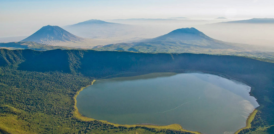 Travel-2020-africa-kenya-tanzania-safari-GALLERY-ngorongoro-crater